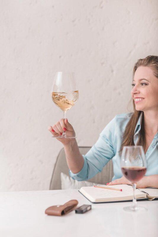 Surpreenda-se com vinhos da Belle Cave na faixa de 100 reais
